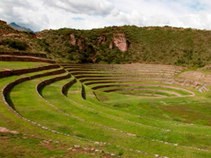 Visit the Salineras close to Cusco!
