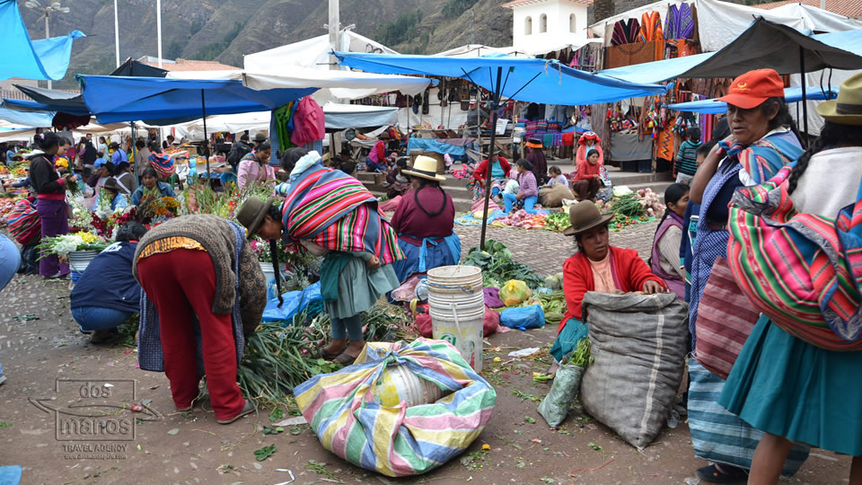 The food market of Pisac